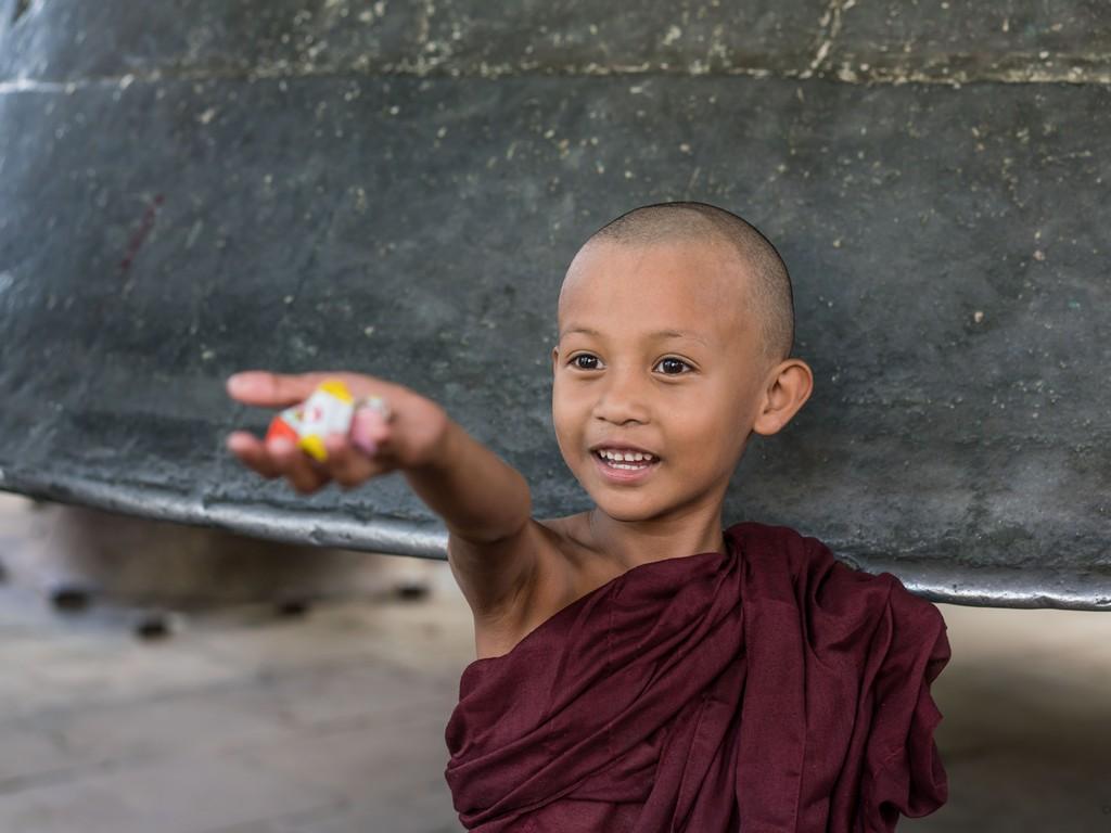 michele cannavo medico psichiatra psicoterapeuta sicilia catania foto birmania m2 14