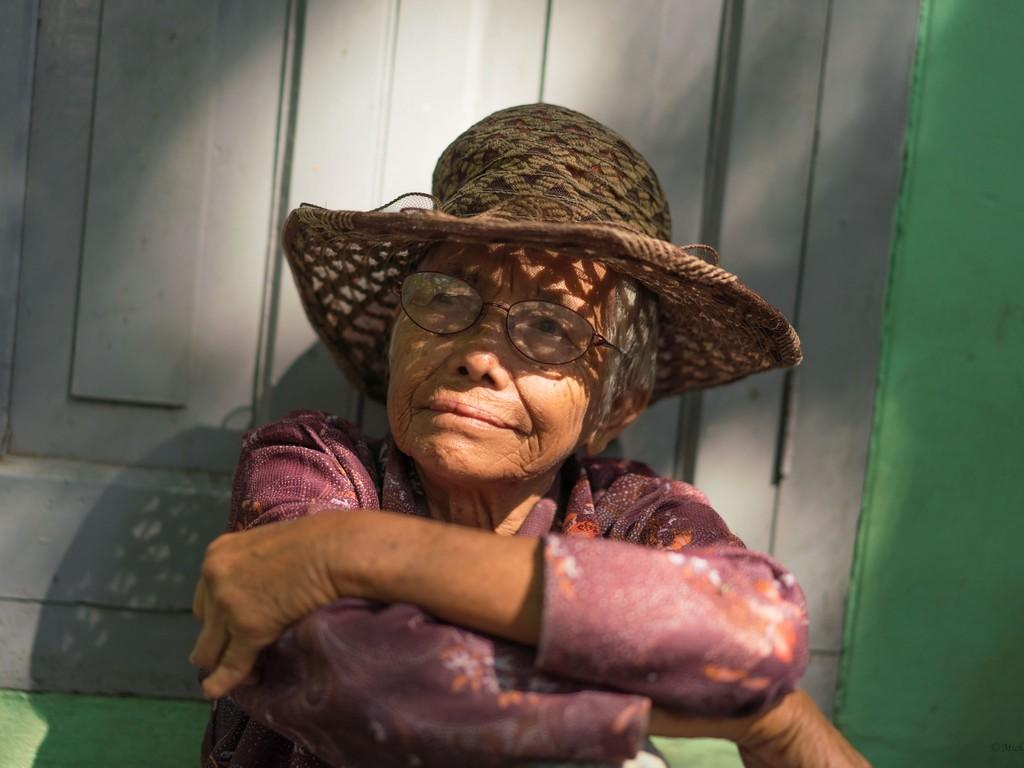michele cannavo medico psichiatra psicoterapeuta sicilia catania foto birmania m2 20
